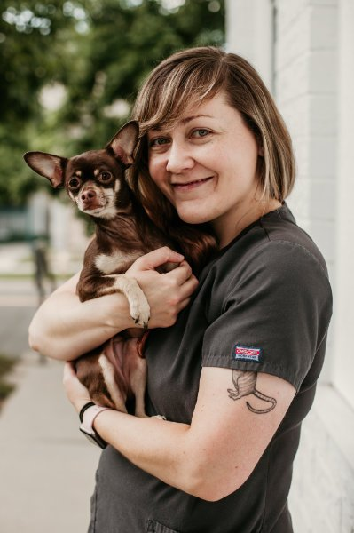 Alyna, Kennel Technician, The Animal Doctor