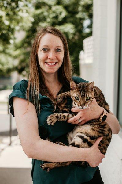 Dr. Kristi Falk, Veterinarian